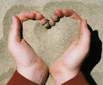 tangan-pasir-love